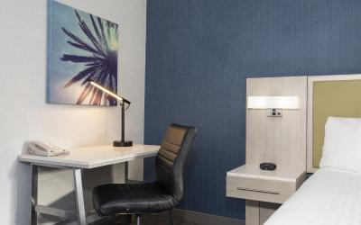 Santa Monica Hotel room with Accessible room